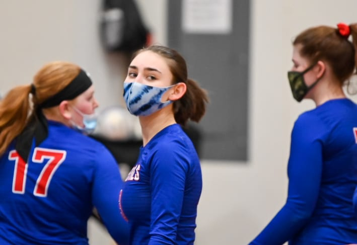 Blue Devils seize victory in close match with Sherman Huskies