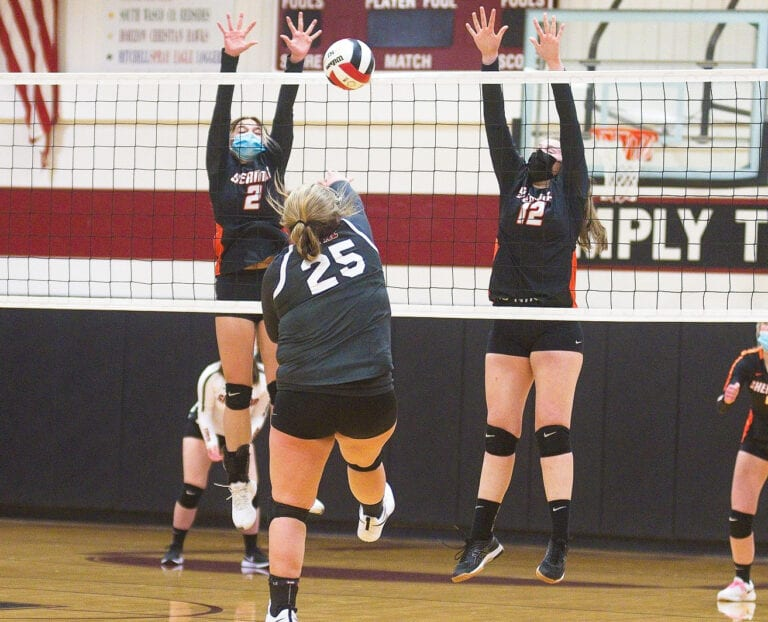 Cardinals edge Sherman in 3-2 volleyball victory in Ione