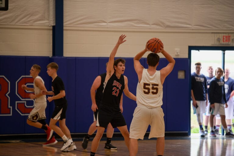 State Basketball: Cardinals fall to Damascus Christian