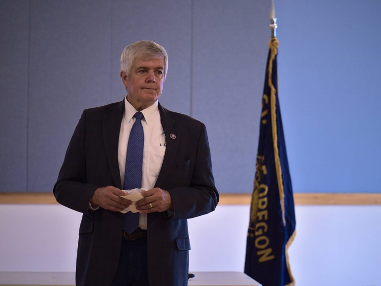 U.S. Rep. Bentz holds town hall meetings in Sherman, Gilliam counties